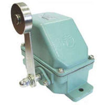 Выключатель конечн. КУ-701 У1 10А IP44 2 эл. цепи рычаг с роликом Электротехник ET503883
